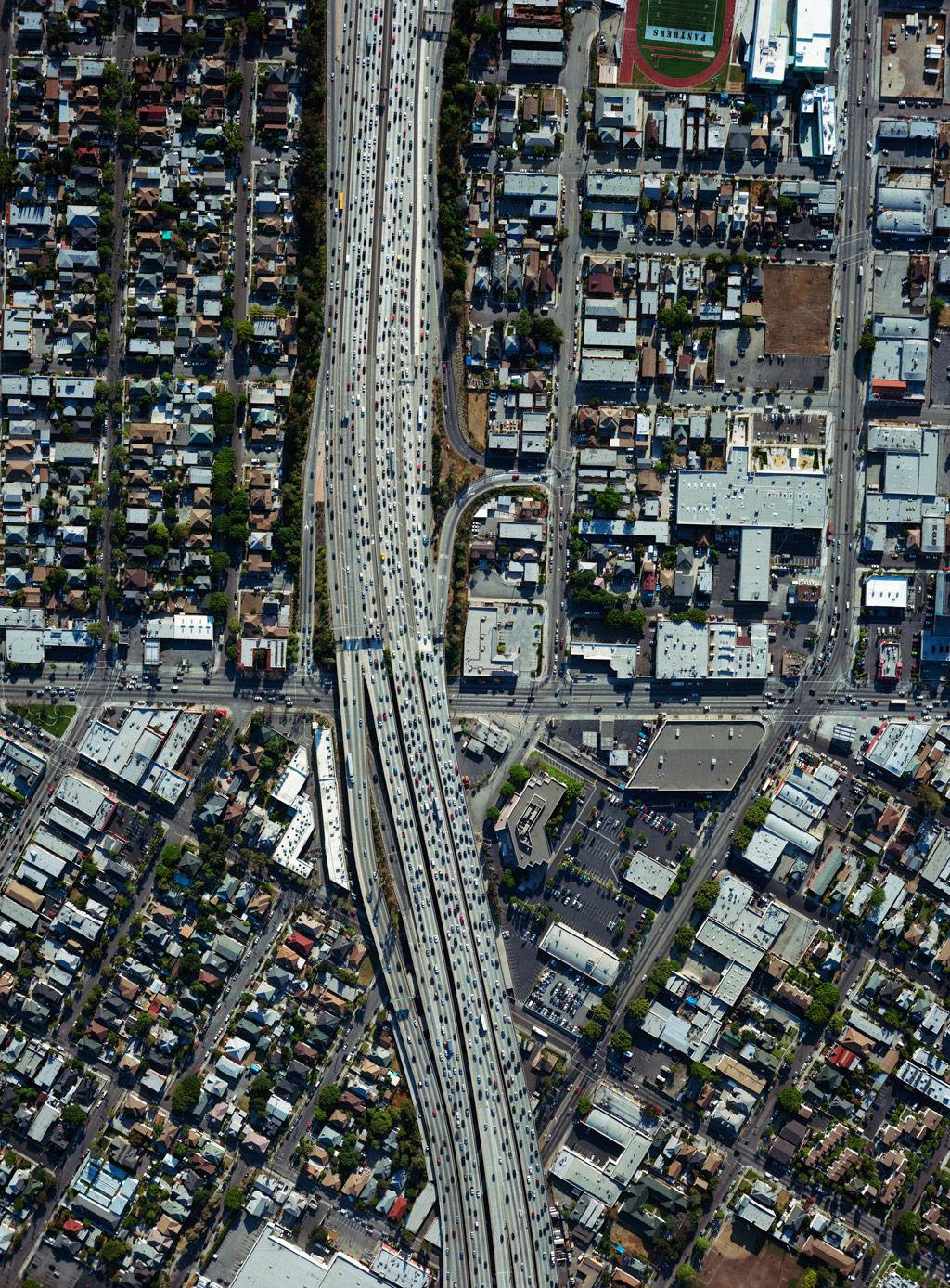 洛杉矶:多中心空间结构