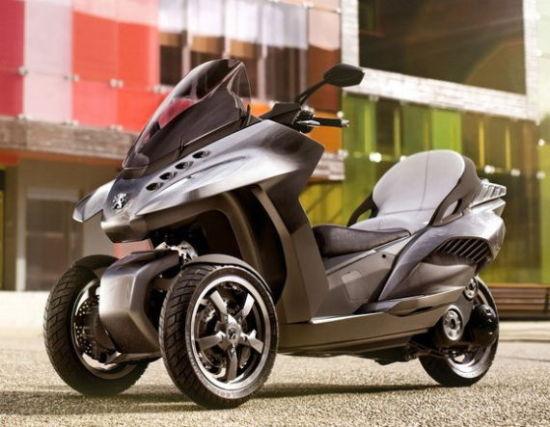 我们都是城市精灵 踏板摩托与小型车_汽车频道