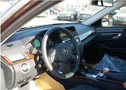 奔驰汽车内部结构图解