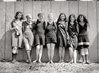 别样性感:百年前泳装女郎