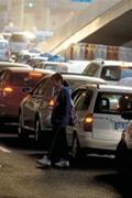 上海:适度控制私车牌照投放量