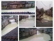 皋埠(原岙底村)的河水一片浑浊