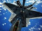 美两架F-22紧急降落日本