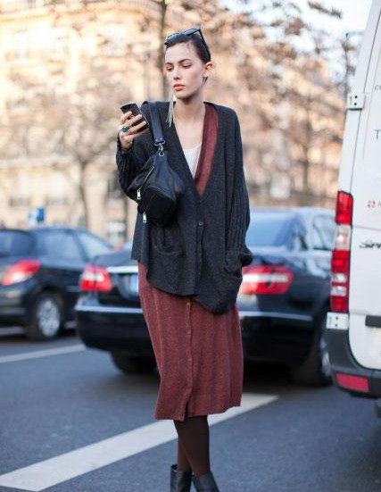 组图:欧美街拍时尚针织衫百搭是王道