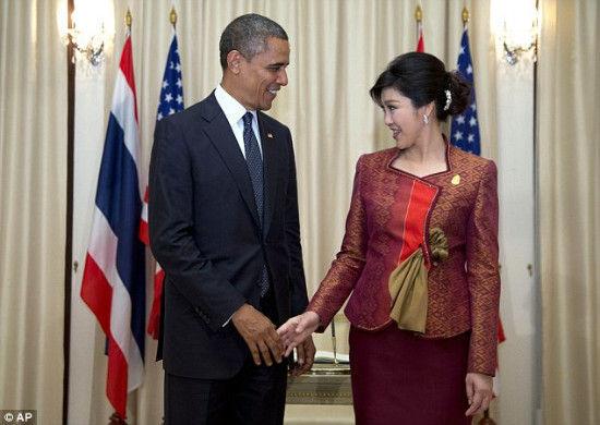 奥巴马与泰美艳总理调情被侃夫妻相(附图)