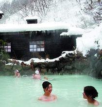 小泡池会根据客人和季节的不同,适时推出红酒泉、白酒泉、