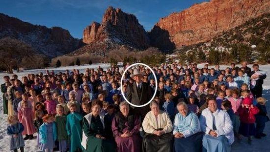 美国88岁老汉拥有5个老婆和285个后代
