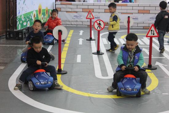 义乌泓宝行bmw儿童交通安全训练精彩谢幕