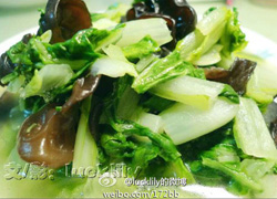 @lucklily的微博:亲手采摘回来的有机蔬菜