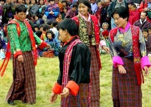 大部分不丹国民信奉藏传佛教