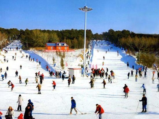 沈阳棋盘山滑雪场