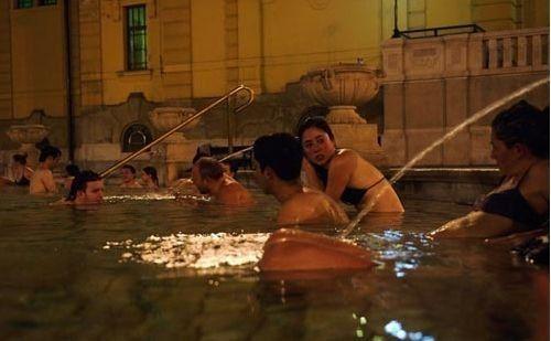 匈牙利澡堂(点击更多高清美图)