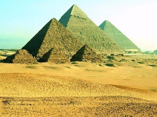 金字塔(点击更多高清美图)