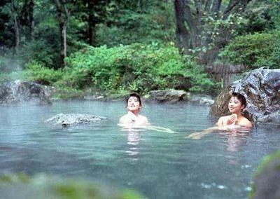 日本混浴风俗(点击更多高清美图)