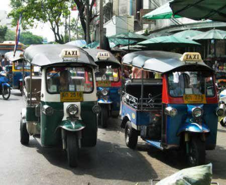 泰国的摩托车出租车(点击更多高清美图)