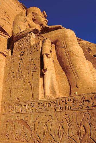 埃及法老石像