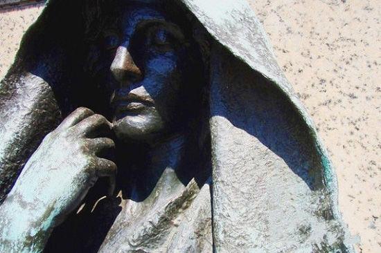 黑阿吉雕像(点击更多高清美图)