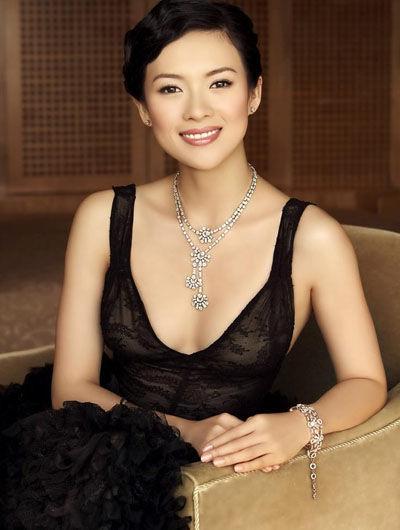 组图:章子怡入选全球50美名次超美第一夫人