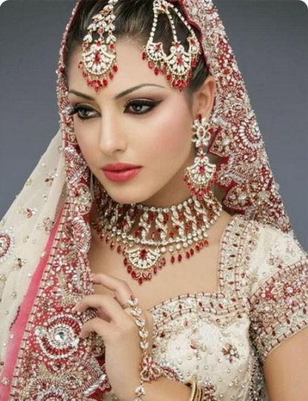 美丽新娘(点击更多高清美图)
