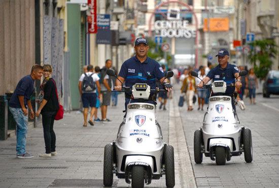 组图:中国攻略在法国遭抢快来学习防盗游客(3逆秘笈肉包子袭图片