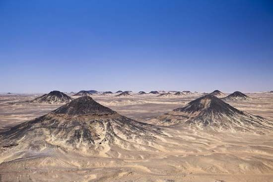 埃及黑色沙漠(点击更多高清美图)