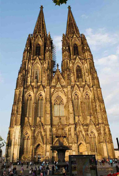 组图:感受全球各具特色的著名教堂