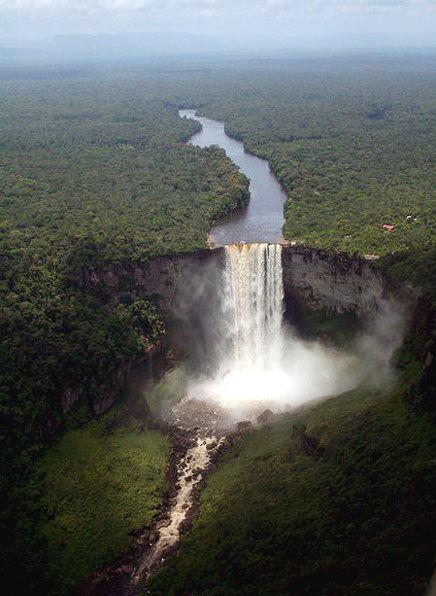 圭亚那:看世上落差最大瀑布