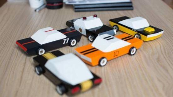 o-to木质玩具车