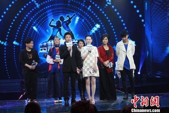 汪峰与曾宝仪助阵央视《梦想星搭档》