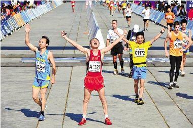北京马拉松赛如厕难引注