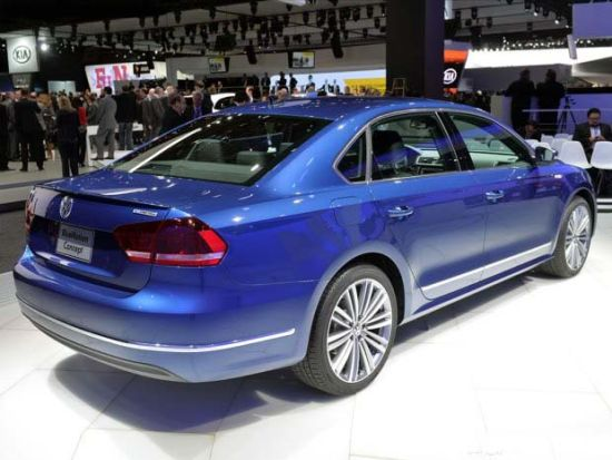 blue raybans  passat bluemotion