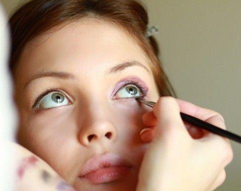 人气美女最重要的就是拥有一张匀称的娇嫩小脸