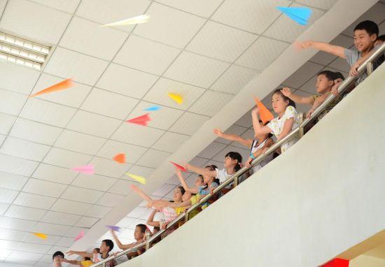 浙江大学生开展 解码乡村少年C计划 暑期夏令