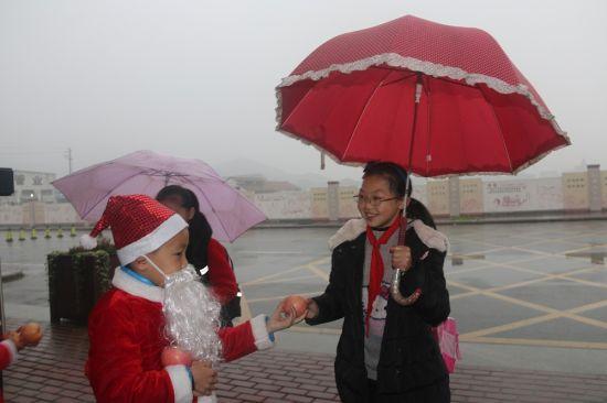 雪花片拼雨伞步骤图片