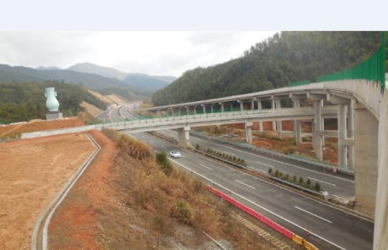 龙浦高速建设接近尾声