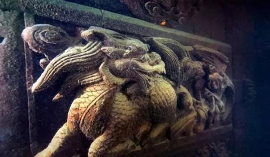 精美的狮形雕刻