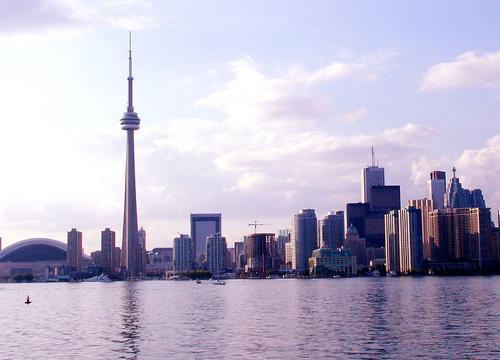 6月访加拿大国际游客首破200万 中国游客反减少5%