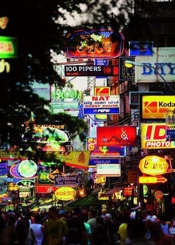 在唐人街寻找耀华力老排档